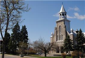 Saint-Léonard church on Jarry Street.
