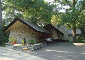 Frieda and Henry J. Neils House