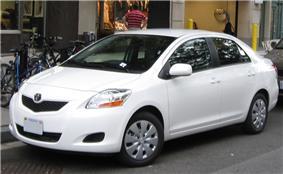 09 Toyota Yaris sedan .jpg