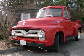 1955 Ford F-100.