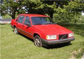 1991 Volvo 744ti SE.