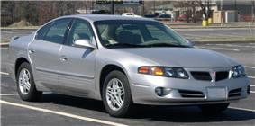 2003 Pontiac Bonneville.jpg