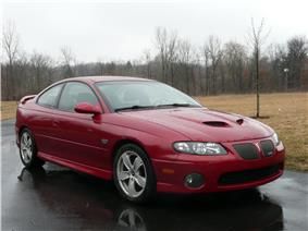 2006 Pontiac GTO.jpg