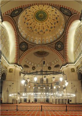 Interior picture of the central dome of Süleymaniye Mosque