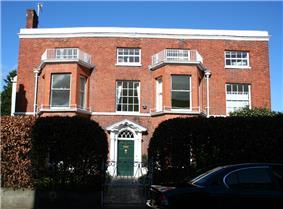 33 Hospital Street
