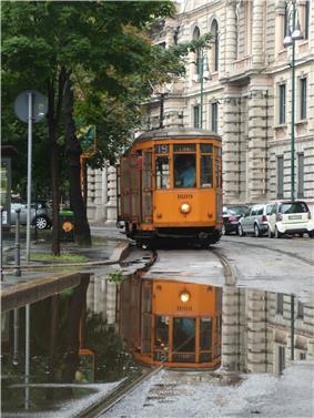 Tram 1609 in Piazza Castello, Milan