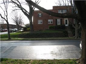 Arlington Village Historic District