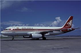 AirLanka Airbus A320 Wallner.jpg