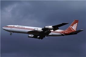 Airlanka Boeing 707-312B Wallner.jpg