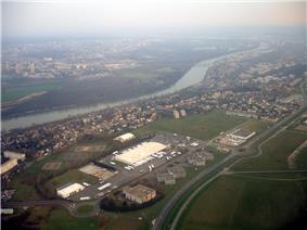 An aerial view of Athis-Mons