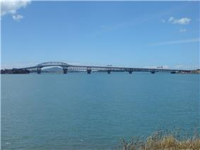 Auckland Harbour Bridge Watchman.jpg