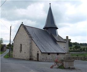 The church of Saint-Pierre, in Augne