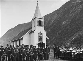 Austad kyrkje i Bygland Lindahl.jpeg