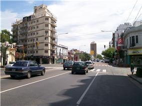 San Martin Avenue, Agronomia's southern limit
