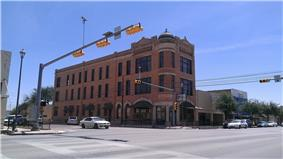 Farmers and Merchants State Bank Building, built in 1909