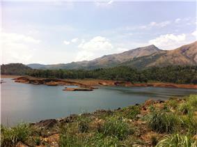 Banasura Dam2.jpg