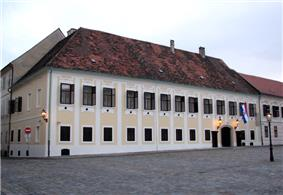 Building with lots of windows in a pre-modern style