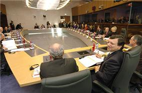 The Barroso Commission around a table in the Commission's main conference room
