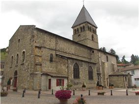 The Church of Saint-Nicolas, in Beaujeu