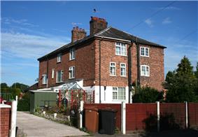 Beehive Cottages, 120–126 Audlem Road