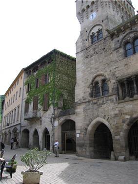 The former belfry of St-Antonin-Noble-Val