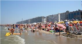 Blankenberge beach on a hot summer day