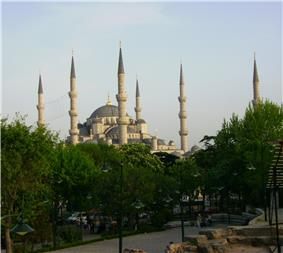 Blue Mosque, Istanbul 2007.JPG