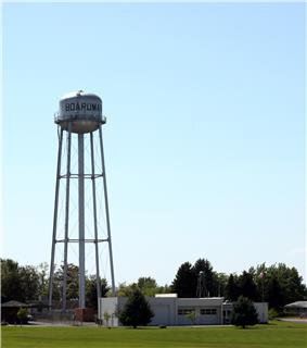 Boardman Chamber of Commerce and water tower
