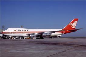 Boeing 747-238B, AirLanka AN0574911.jpg