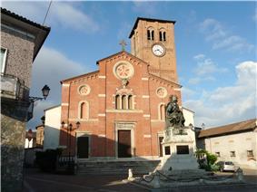 Parish church and Monument to Pope Pius V