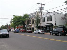 Boston Post Road in Darien's retail district