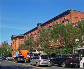 Broadway Historic District