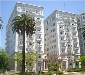 Bryson Apartment Hotel
