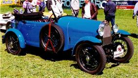 1929 Bugatti Typ 40 Grand Sport Tourer.