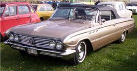 1961 Buick Invicta.