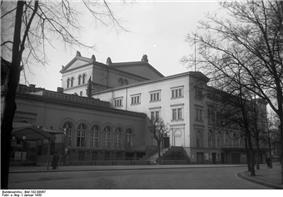 Bundesarchiv Bild 102-09067, Berlin, Kroll-Oper.jpg