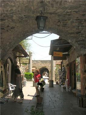 Byblos Historic Quarter.jpg