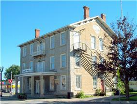 Caledonia House Hotel