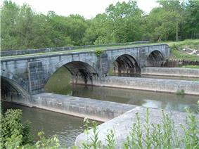 Nine Mile Creek Aqueduct