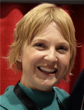 Carolyn Lawrence