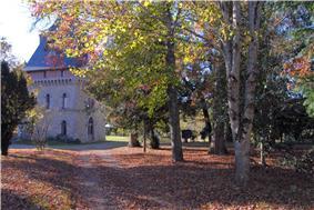 Le château de Gigondas, in Isle