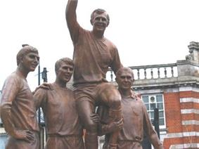 West Ham Champions statue