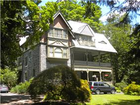 Chestnut Hill Historic District