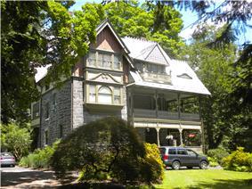 Chestnut Hill Historic District