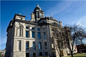 Clinton County Courthouse in Frankfort