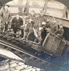 Coal miners in Hazelton, Pennsylvania, 1902