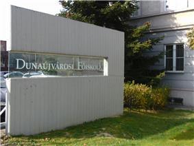 College of Dunaujvaros 6.JPG