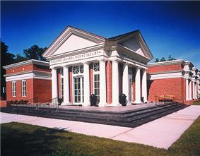 The Cornelius branch of the Public Library of Charlotte and Mecklenburg County