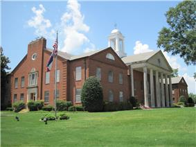 Courthouse in Hernando