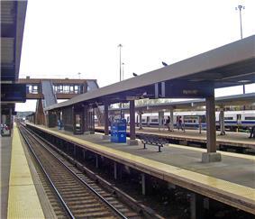 Croton-Harmon is a major train station along the Metro-North Hudson Line.